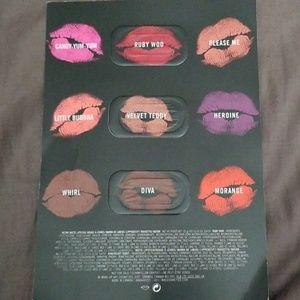 Beauty lip and foundation sample bundle